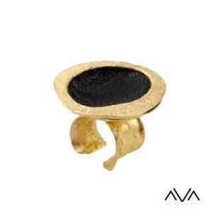 """Anillo """"ILIO"""" AVA by Mibranda, color negro"""