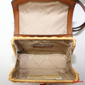 Bolso Mini XS Satchel modelo Kinsley, de Michael Kors, marrón