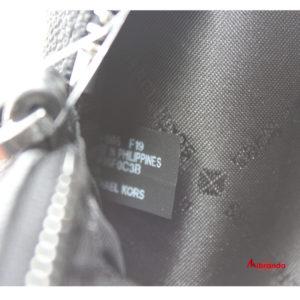 Bandolera FULTON SPORT, de Michael Kors, negra con logo