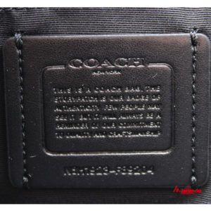 Bolso Tote ZIP, de Coach, con estampado, color metálico