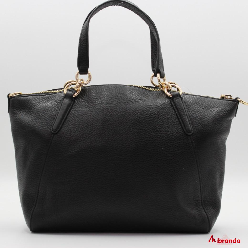 Bolso Satchel negro, de Coach, modelo Kelsey