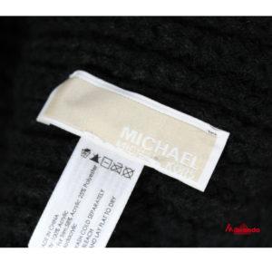 Bufanda y gorro de Michael Kors, color negro