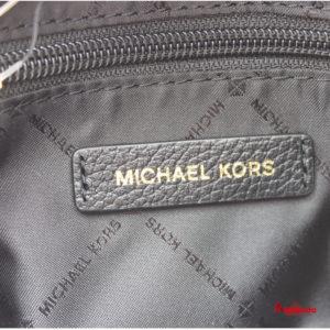 Bolso CHAIN MESSENGER, de Michael Kors, black