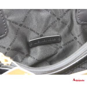 Bolso Clutch modelo Peyton, tamaño pequeño, de Michael Kors, color negro
