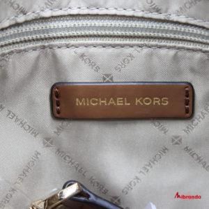 Bolso Hobo Bedford, de Michael Kors, color luggage