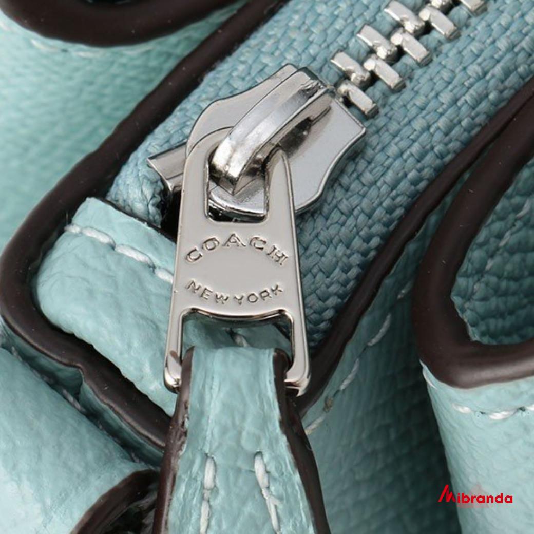 Bolso Satchel SAGE, de COACH, color azul.