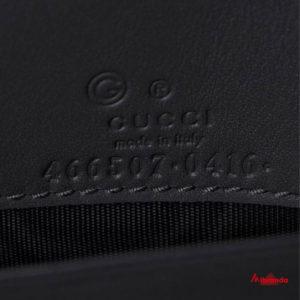 Gucci bolso bandolera GG, negro.