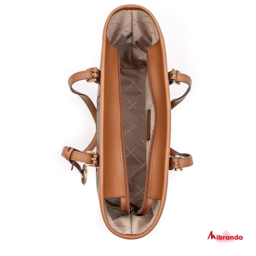 Bolso Maxi Tote Jet Set Travel, brown, de Michael Kors.