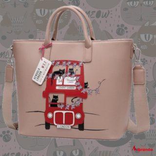 Con este bolso de Vendula London no dejarás indiferente a nadie! #vendulalondon  #gatos #tote #bolsosdemarcaoriginales  #bolsosoriginales