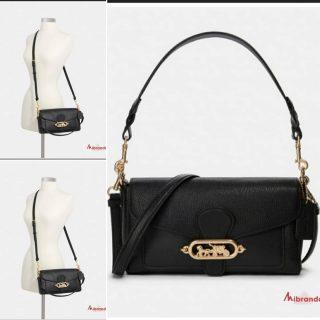 Este bolso de COACH es ideal, lo puedes llevar como más te guste. Feliz jueves☀️ 👉www.mibranda.es  #bolsosdemarcaoriginales  #coachbag  #fashion #moda #shopping #mibranda_shop