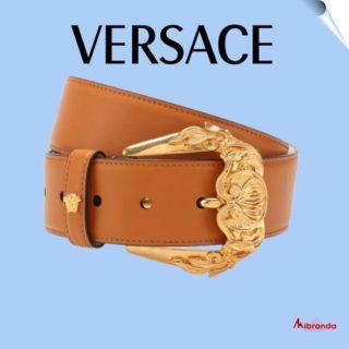Este cinturón en piel, de VERSACE, será perfecto para tu fondo de armario. En www.mibranda.es  #versace #marcasoriginales  #marcasdemoda #modamujer  #comprasonline  #fashiom #cinturones #cinturonesversace